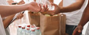 reparto de agua mineral natural saludable
