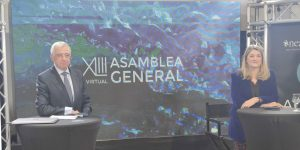 Imagen Francisco Vallejo e Irene Zafra durante la XLIII Asamblea General de ANEABE