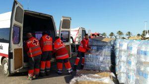 Imagen del banco de agua solidario de Cruz Roja